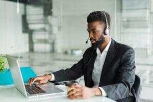 Ligação de vendas para qualificar leads